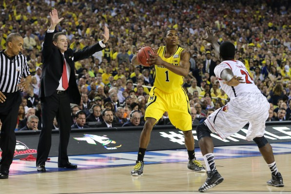Louisville-82-Michigan-76-7-597x398